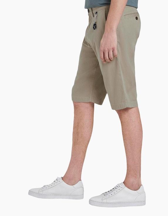 Tom Tailor kurze Chino-Hose mit Schlüsselanhänger | [ADLER Mode]