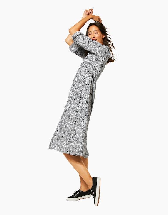 Street One gemustertes Kleid in Midi-Länge, reine Viskose   [ADLER Mode]
