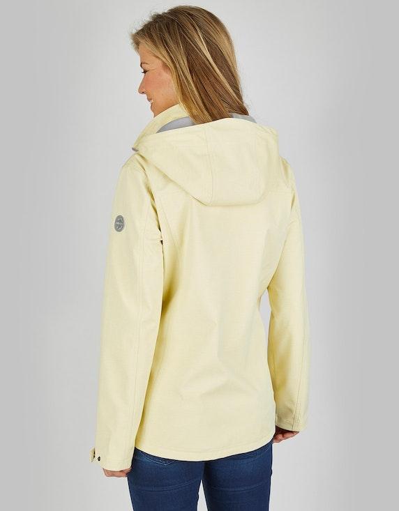 Eibsee Softshell-Jacke in sommerlicher Farbe | [ADLER Mode]