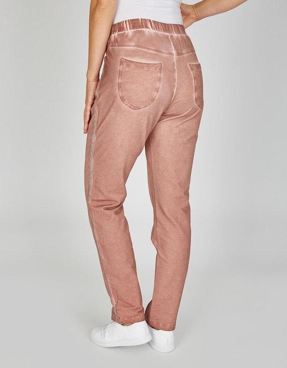 MY OWN Joggpants im Oil-Dyed-Look mit seitlichen Glitzerstreifen | ADLER Mode Onlineshop