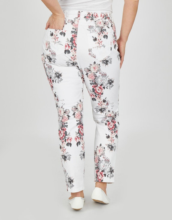 Thea Jeans mit Blumendruck | ADLER Mode Onlineshop