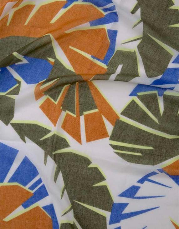 Tom Tailor Loop-Schal mit sommerlichem Blätterdruck | ADLER Mode Onlineshop