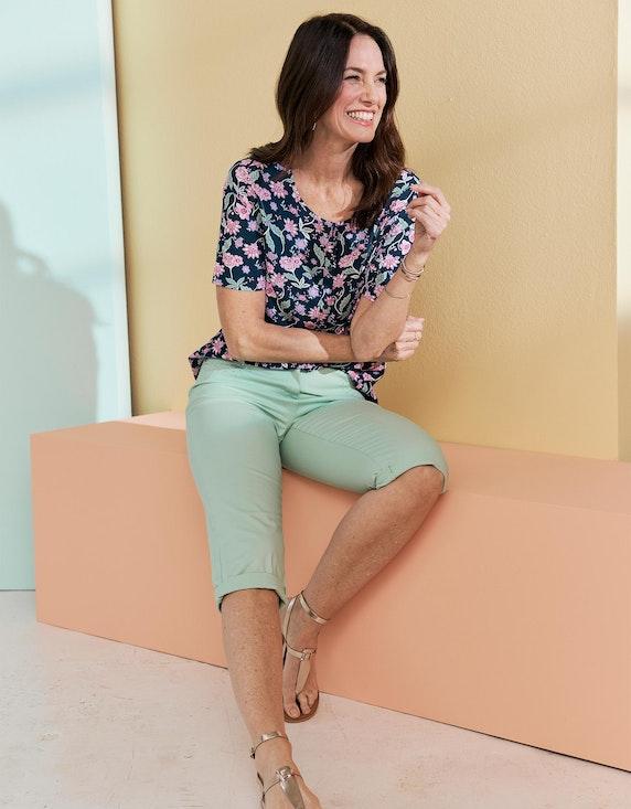 Bexleys woman Capri-Hose aus Baumwoll-Stretch mit Strasssteinen an den Taschen in Mint | ADLER Mode Onlineshop
