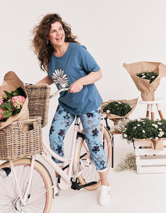 Thea Shirt mit Gänseblümchen-Druck in Blau | ADLER Mode Onlineshop